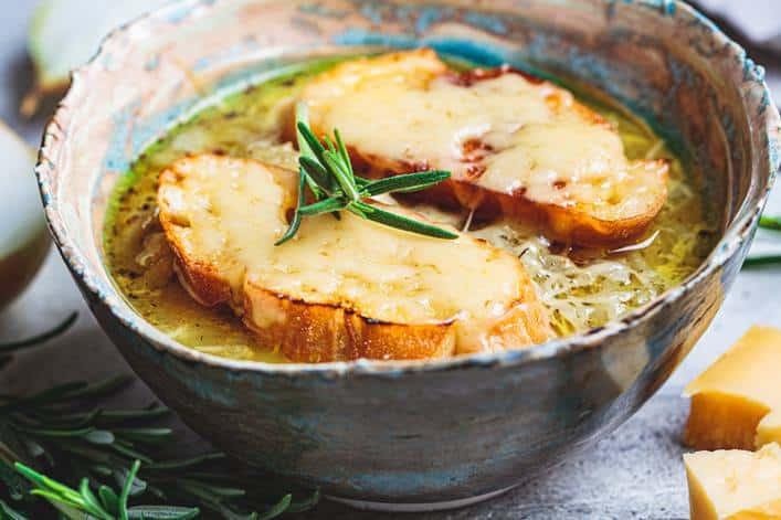 sopa-cebolla-escuela-cocina-villa-retiro-receta